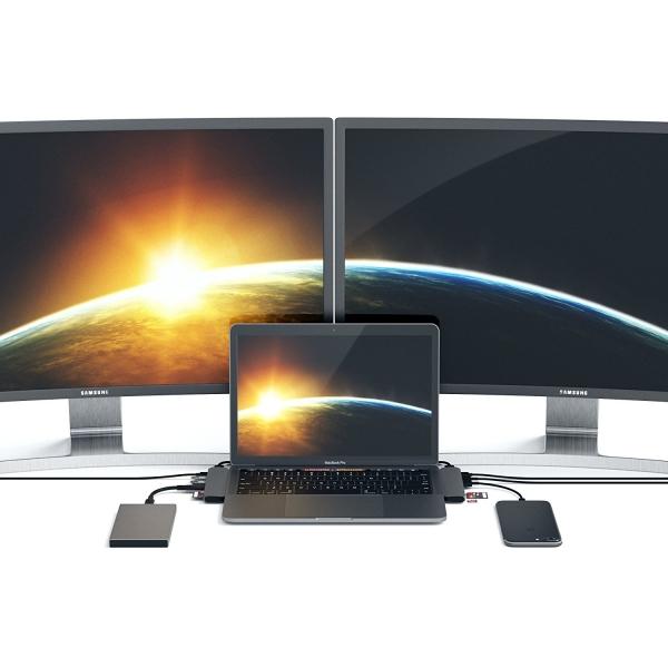 Satechi MacBook Pro 13 ve 15 inç Alüminyum Type-C Pro Hub Adaptör